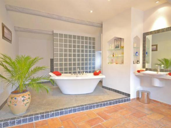 vakantie in de Provence, villa te huur voor 10 personen in de Luberon