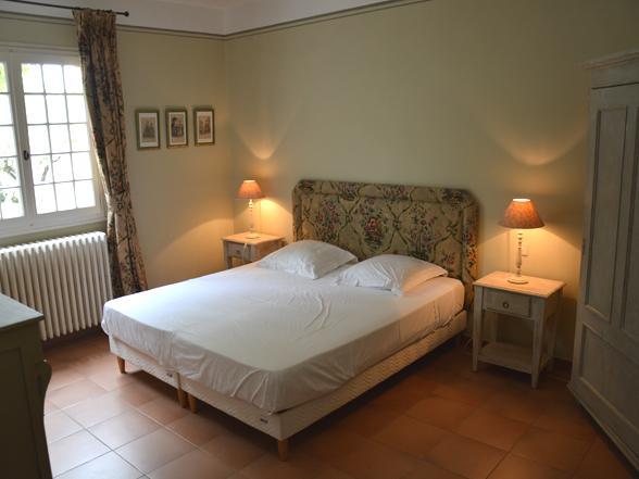 vakantie Provence grote ruime villa huren aan de Ventoux met privé zwembad