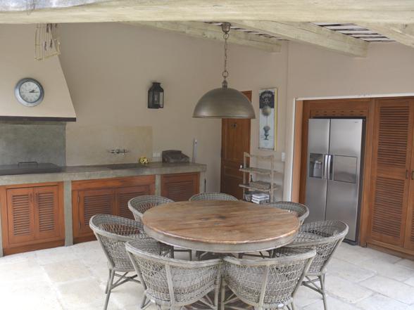 vakantiehuis huren met buitenkeuken in de Provence vakantie zuid-frankrijk
