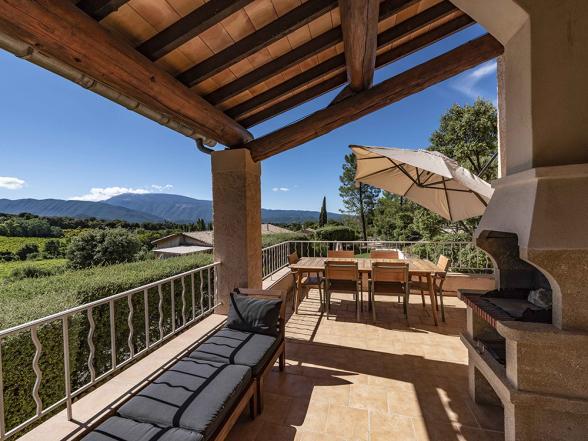 vakantiehuis huren voor 8 personen met verwarmd zwembad en zicht op de Mont Ventoux