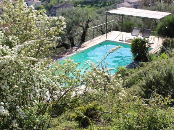 luxe vakantievilla huren met zicht op de Mont Ventoux
