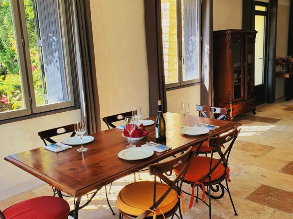 vakantiehuis voor 4 personen met zwembad en airco in de provence huren mont ventoux