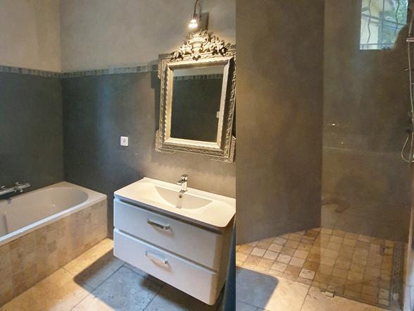 huis huren tussen de wijngaarden met 2 slaapkamers en 2 badkamers in de Provence, Zuid-Frankrijk