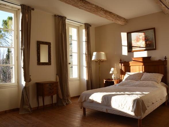 luxe vakantievilla huren in Zuid-Frankrijk met airco, verwarmd zwembad , buitenkeuken en prachtig zicht op de Mont Ventoux