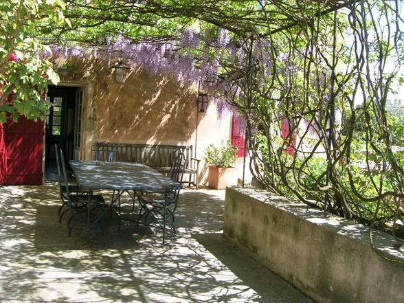 grote luxe villa huren voor vakantie in de Provence voor 12 personen met 6 slaapkamers