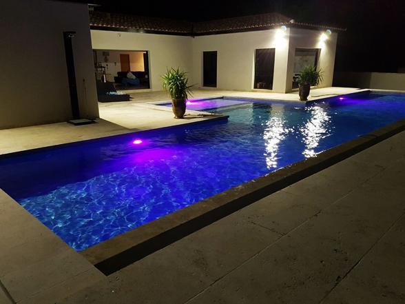 vakantiehuis provence huren mont ventoux, vakantie met verwarmd zwembad en airco