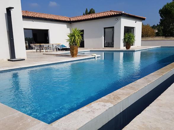 luxe villa huren in Zuid-Frankrijk met verwarmd privé zwembad en airco, regio Ventoux