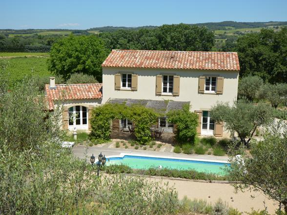 villa huren met verwarmd zwembad voor vakantie in Zuid-Frankrijk, Provence aan de voet van de Mont Ventoux