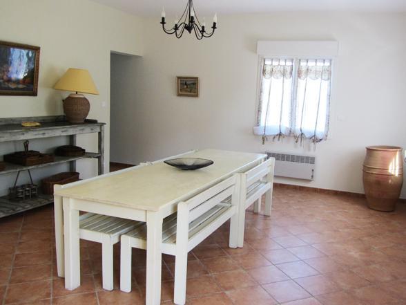 vakantie in Zuid-Frankrijk, villa met zwembad huren voor 14 personen, ideaal voor meerdere families