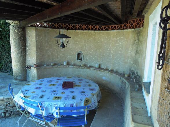 buiten keuken vakantievilla Provence