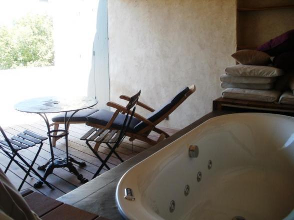 Luxe vakantiehuis met zwembad en jacuzzi huren in de Luberon, Provence