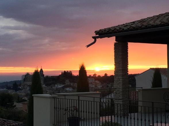 vakantie Provence grote villa huren aan de Ventoux met airco en privé zwembad