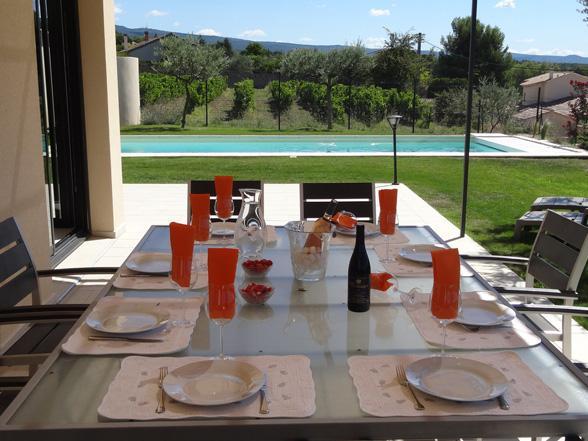 vakantie in de Provence, moderne luxe villa huren voor 8 personen