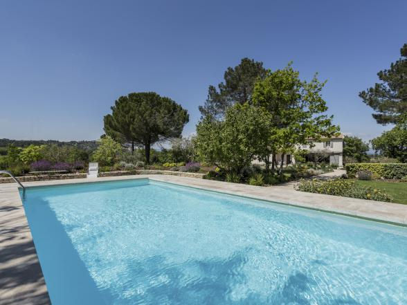 luxe villa huren met uniek zicht op Lacoste en Bonnieux huren in de Luberon, Provence