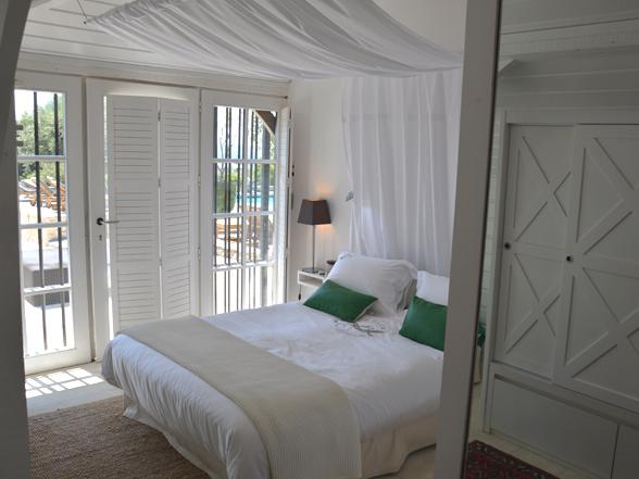 luxe designvilla for rent, holiday rentals Provence, Pont du Gard, vacation homes luxury rentals
