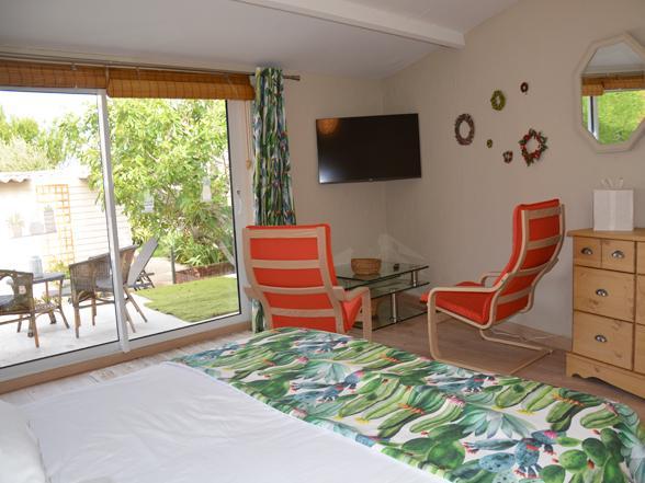 vakantie Provence, huis huren voor 2 personen, nieuwbouw met airco en zwembad