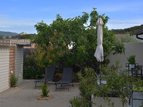 vakantievilla huren van Vlamingen / Belgen in de Provence, huisje voor 2 met airco en verwarmd zwembad