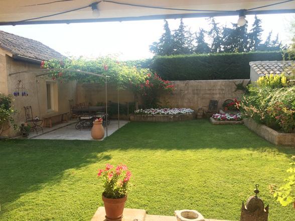 vakantie in Zuid-Frankrijk, luxe villa huren voor 14 personen met airco en zwembad