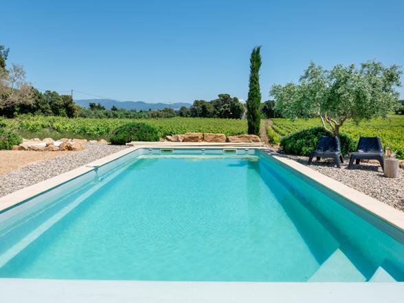 vakantie Provence, Zuid-Frankrijk, villa huren voor 10 pers met zwembad