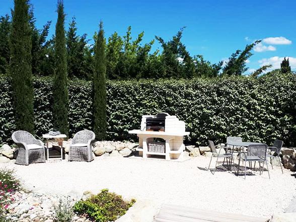 luxe villa huren voor 8 personen met airco en verwarmd zwembad aan de Mont Ventoux, Zuid-Frankrijk