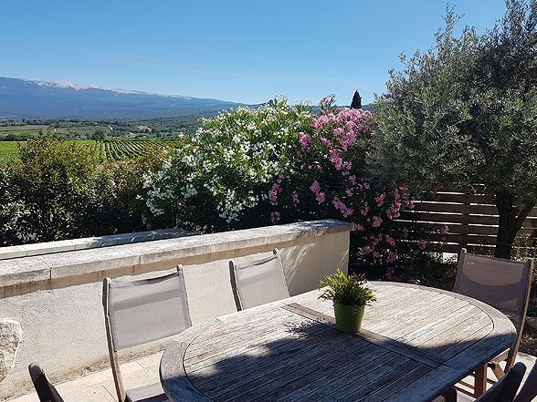 huis huren in de Provence voor 6 personen met zwembad en prachtig uitzicht op de Mont Ventoux