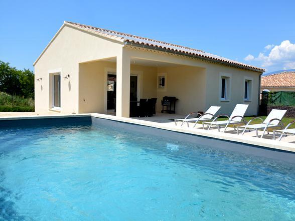 vakantie Provence villa huren met privé zwembad en zicht op de Ventoux