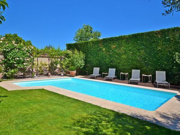 grote villa huren voor 10 personen met verwarmd zwembad in het zuiden van Frankrijk, Provence, Luberon