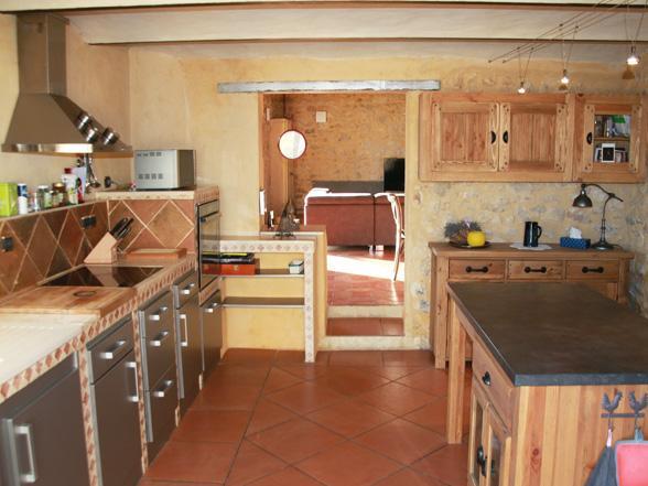 vakantie in de Provence aan de Pont du Gard in Uzès luxe villa voor 8 personen