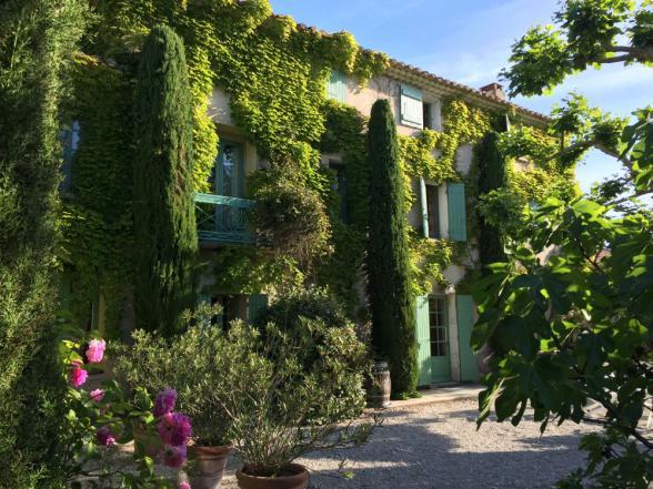 karaktervolle familiewoning in het hart van de Provence te huur