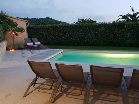 huis huren voor vakantie in de Provence, Malaucène met verwarmd privé zwembad