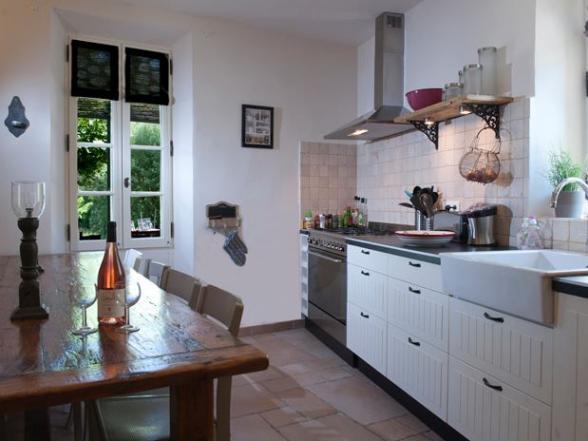 keuken met Provençaalse toetsen Zuid-Frankrijk