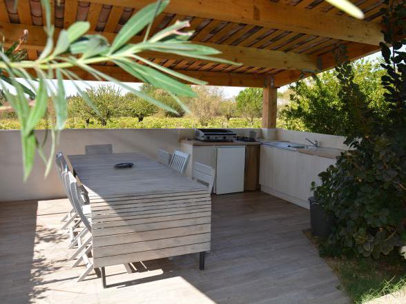 vakantiehuis huren met veel privacy tussen der wijn- en olijfgaarden in de Provence