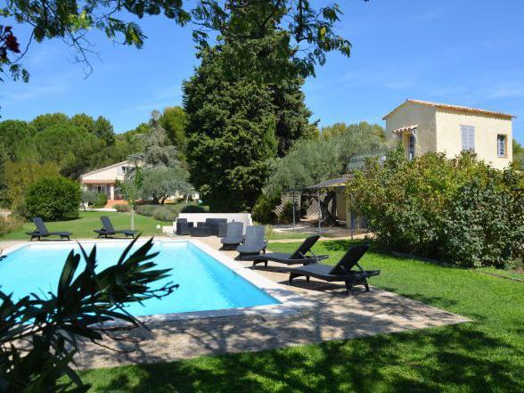 ruime vakantievilla in het zuiden van Frankrijk