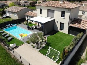 vakantie in de Provence nieuwe villa huren met airco en verwarmd zwembad in Vaison la Romaine