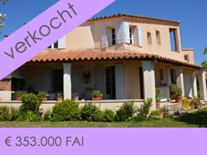 dorpswoning kopen in Zuid-Frankrijk met tuin en zicht op de Mont Ventoux, villa met twee garages