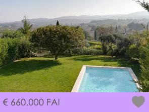 moderne villa kopen met zwembad en prachtig panoramisch uitzicht op de omgeving