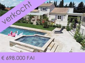 prachtige, grote villa met 2 aparte, nog in te richten gîtes, een mooi zwembad met jacuzzi en poolhouse