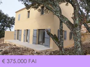 4 nieuwbouwwoningen met 3 slaapkamers, 2 badkamers, garage en tuin, rustig gelegen op een heuvel in een doodlopende straat