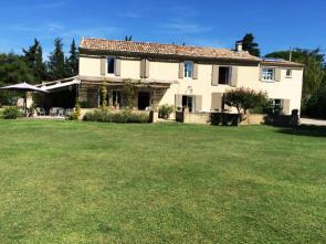 luxe villa huren in Zuid-Frankrijk voor 12 personen met privé zwembad