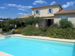 Provençaalse villa huren in Cabrières-d'Avignon, naast Gordes, met privé zwembad en volledig omheinde tuin