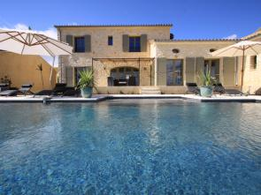 luxe villa van Vlamingen / Belgen met privé zwembad te huur in de Provence in Uzès