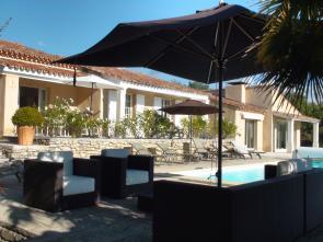 luxe vakantiehuis van Vlamingen / Belgen huren in de Provence, Luberon