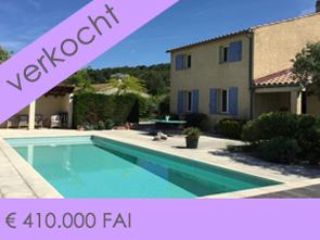 ventoux immo provence huis met zwembad te koop met zicht op de Ventoux en de wijngaarden