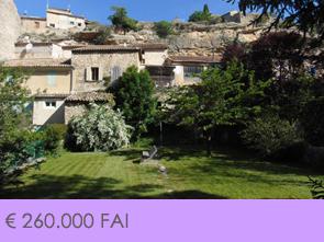dorpshuis met grote tuin kopen in Zuid-Frankrijk, Provence aan de voet van de Mont Ventoux