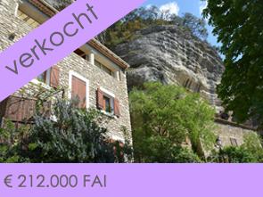 dorpswoning met tuin kopen in de Provence bij Belgisch / Vlaams immo kantoor makelaar
