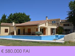 villa kopen met zwembad, rustig gelegen met grote tuin