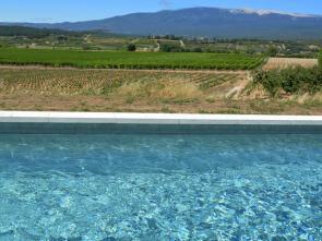 vakantiewoning huren voor 6 personen in de Provence, Zuid-Frankrijk, met panoramisch uitzicht op de Ventoux en een verwarmd zwembad