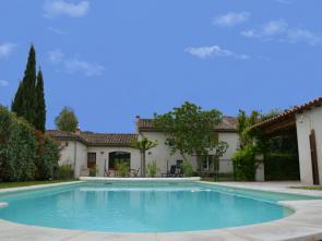 luxe villa huren in de Provence met privé zwembad tussen de wijngaarden in Pernes-les-Fontaines, Zuid-Frankrijk