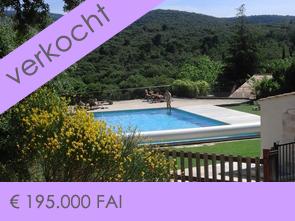 huisje kopen in Zuid-Frankrijk, Provence met een groot gemeenschappelijk zwembad en een prachtig zicht op de Mont Ventoux