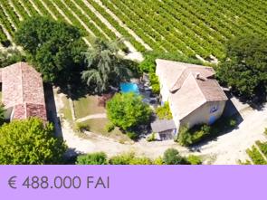 prachtige villa met zwembad kopen gelegen tussen de wijngaarden in de Provence, Zuid-Frankrijk